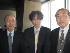 左)宮田幹夫前教授  右)向野和雄前教授